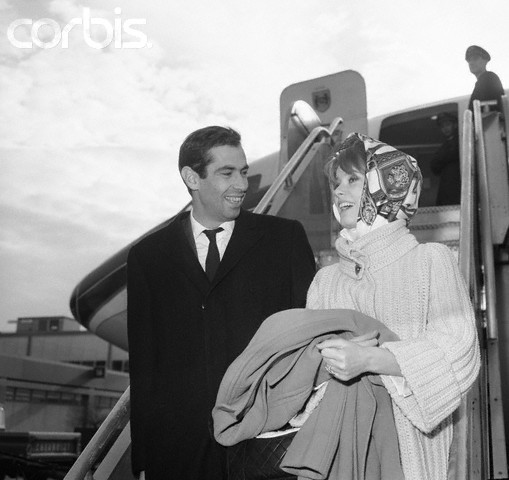 bridedegala-deneuve-rogervadim-1961.jpg